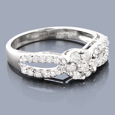 14K Cluster Diamond Engagement Ring 0.68ct
