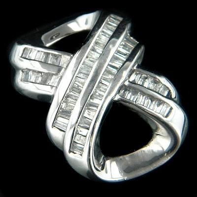 14K Gold Womens Baguette Diamond Pendant 0.75ct