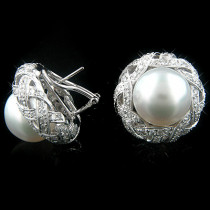 18K Gold Womens Diamond And Pearl Earrings 4.38ct