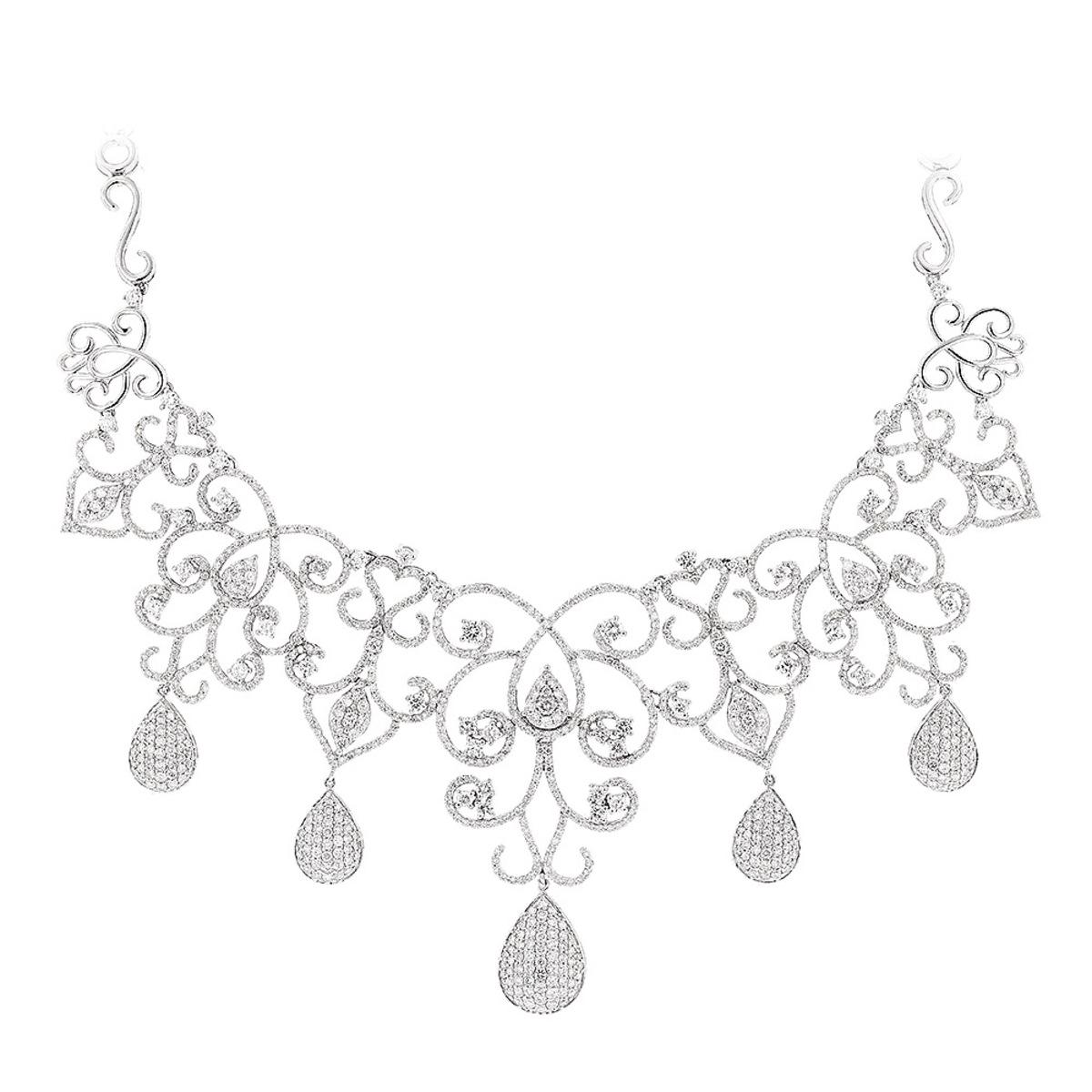 Designer Ladies Diamond Necklaces: Chandelier Necklace by Luccello 18K Gold