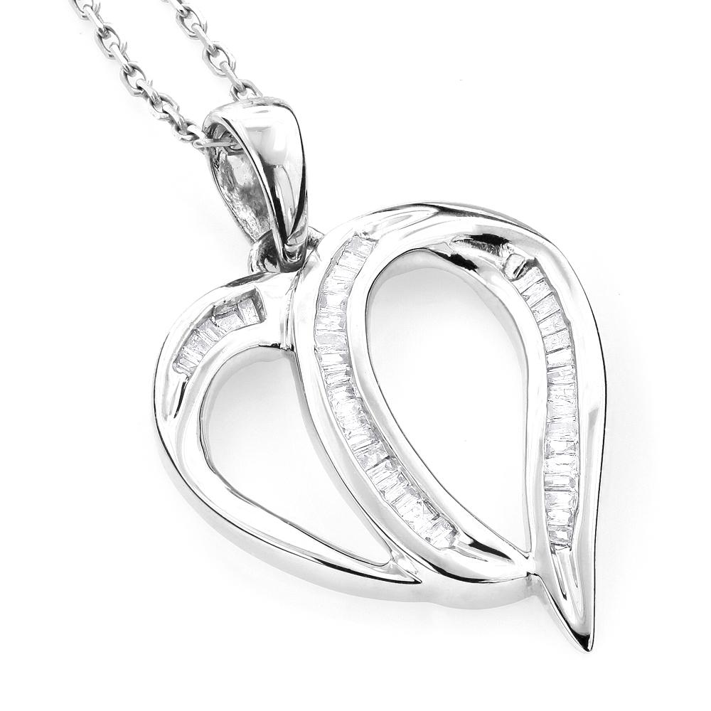 Heart pendants 14k gold diamond heart pendant 035ct mozeypictures Image collections