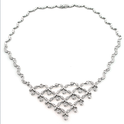 Ladies Diamond Necklaces: Designer Flower Necklace 4.5ct 14K Gold