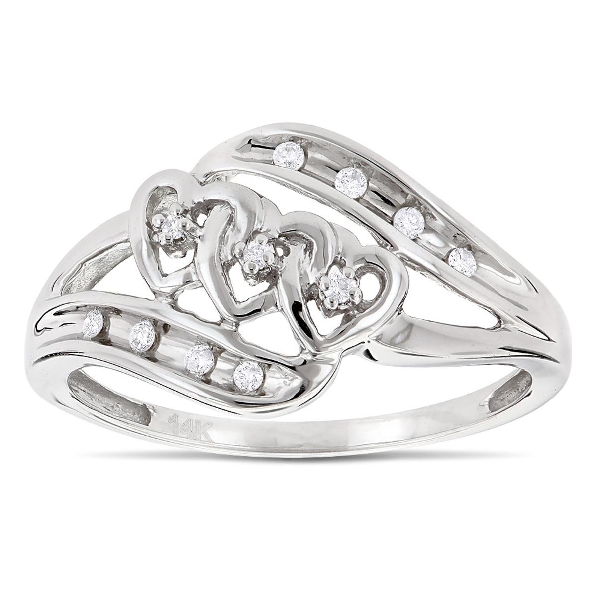 Moms 10K Gold Heart Shaped Diamond Ring 0.10ct