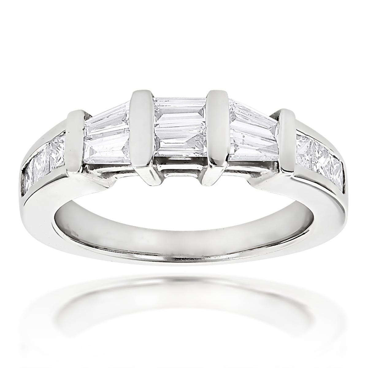 Princess Cut and Baguette Diamond Wedding Band 0.9ct 14K Gold
